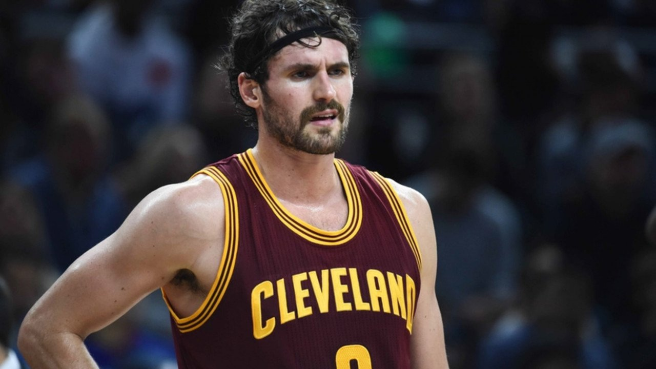 Kevin Love apologizes